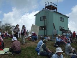白鳥山避難小屋(白鳥山山頂)