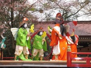 糸魚川けんか祭り 舞楽(鶏冠)